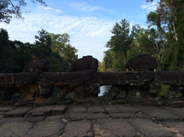 Pulling the naga on the moat into the temple