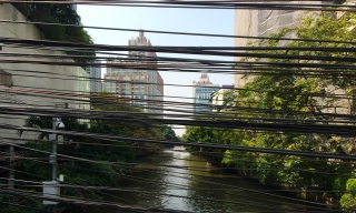 Bangkok through a tangle of power lines