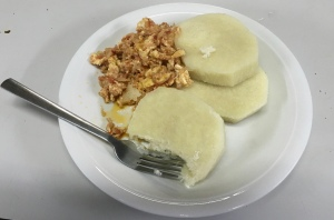 Yam with vegetables and egg